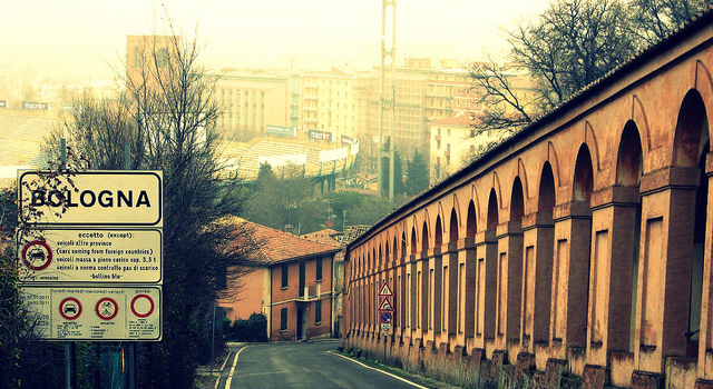 Crowdfunding to restore San Luca porticoes!